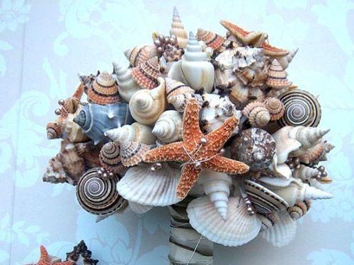 ramos flores hecho con caracolas y estrellas de mar 01